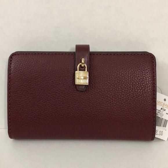 3f8dea46d3d3 Michael Kors Bags   Slim Bifold Wallet   Poshmark